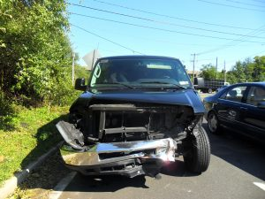 limo-suv-wreck-300x225